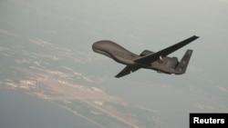 ເຮືອບິນບໍ່ມີຄົນຂັບ Global Hawk ພວມທົດລອງບິນ ທີ່ລັດແມຣີແລນ