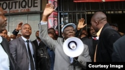 FILE: MDC-T leader Morgan Tsvangirai addresses supporters in Harare soon after returning from a medical check up in South Africa.