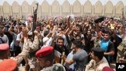 La Organización Internacional para las Migraciones dijo que los combates causaron a más de 500.000 personas a irse de sus hogares.