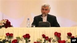 2월 카자흐스탄 알마티에서 핵 협상 후 기자회견을 가진 이란 핵 협상 책임자 시에드 자릴리. (자료사진)