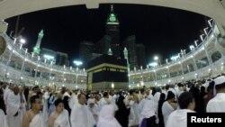 Người Hồi giáo trong cuộc đời của họ phải hành hương đến Mecca ít nhất một lần nếu có khả năng.