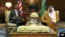 جمهور رئیس اوباما په ایرگه نومی قصر کې د سعودي عربستان د باچا سره د بندو دروازو تر شا خبرې وکړې