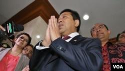 Ketua DPR Setya Novanto usai memberikan keterangan pada sidang MKD yang dilakukan tertutup di Jakarta hari Senin 7/12 (VOA/Fathiyah).