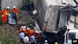 广受争议的7/23 温州追尾事故现场