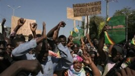 Malians protest in favor of an international military intervention to regain control of the country's Islamist-controlled north, in Bamako, Mali, December 8, 2012.