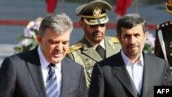 თურქეთის პრეზიდენტი აბდულა გული და ირანის პრეზიდენტი მაჰმუდ აჰმადინეჟადი