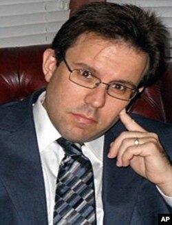 佛罗里达州律师德里克•布莱特