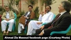 عکس گرفته شده از صفحۀ فیسبوک احمد ضیا مسعود