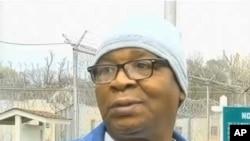 在这幅由WAFB-TV9电视台提供的视频截图中,走出路易斯安那州监狱的前死刑犯格伦•福特对媒体讲话。(2014年3月11日)