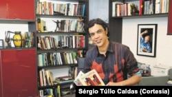 Sérgio Túlio Caldas, escritor brasileiro