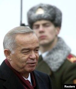Prezident Islom Karimov nima qilayotganini biladi, deydi Xerbst