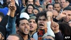 Демонстрация в Тунисе. 8 января 2011 года