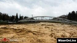 Korban tewas akibat banjir di Iran hingga hari Senin (1/4) telah mencapai 50 orang.