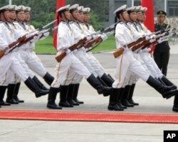 三军仪仗队海军分队 (资料照片)