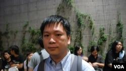 鍾先生認為絕食是逼不得已的抗議方式