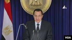 Presiden Obama menelepon Presiden Hosni Mubarak tak lama setelah Mubarak menyampaikan pidato di televisi, Jumat (28/1).