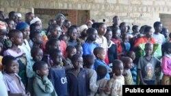 Bamwe mu bana b'impunzi bahungiye mu Rwanda