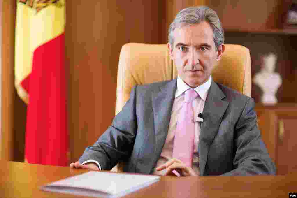 Moldovan Prime Minister Iurie Leanca vows to resist Russian pressure and to put his nation on the path to EU association. Here he speaks in his office in Chisinau, Moldova. (Vera Undritz for VOA)
