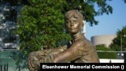 Statua Dwighta Eisenhowera kada je bio dječak (Ljubaznošću: Eisenhower Memorial Commission)