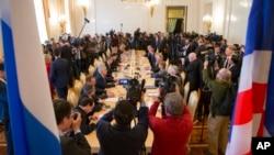 俄羅斯外長拉夫羅夫星期三莫斯科與美國國務卿蒂勒森會談