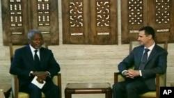 Đặc sứ Kofi Annan, và trưởng phái bộ quan sát Trung tướng Robert Mood họp với Tông thống al Assad của Syria hôm 29/5/12
