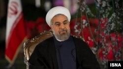 ایران و امریکا هر دو به پابندی به مواد توافقنامۀ هسته یی تاکید دارند.