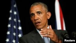 바락 오바마 미국 대통령이 4일 G20 정상회의에 참석해 기자들의 질문에 답하고 있다.