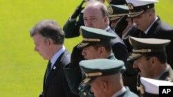 El presidente de Colombia, Juan Manuel Santos, no espera gran cosa de la reunión de presidentes en Ecuador.