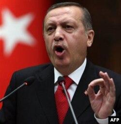 Turkiya Bosh vaziri Rajap Toyip Erdog'an Liviya taqdiri liviyaliklar qo'lida, deydi