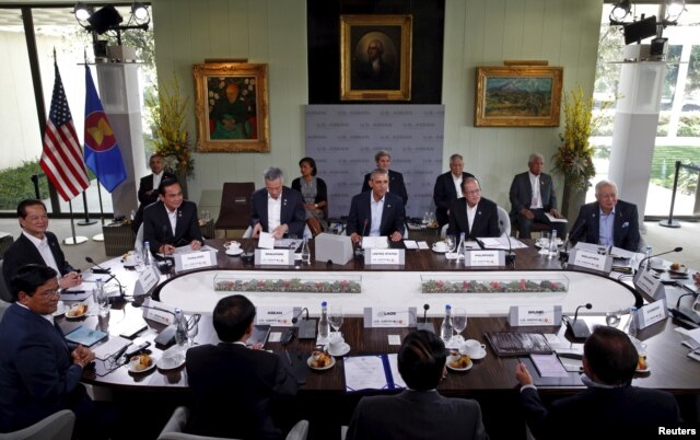 U.S. President Barack Obama hosts a meeting with leaders from the Association of Southeast Asian Nations (ASEAN) during a summit held at Sunnylands in Rancho Mirage, California, Feb. 16, 2016.
