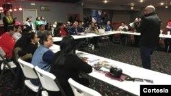 La organización LULAC busca a traer el voto hispano para estas elecciones y realiza entrenamientos por todo el país para educar e informar sobre el proceso electoral en EE.UU. [Foto: Cortesía, LULAC].