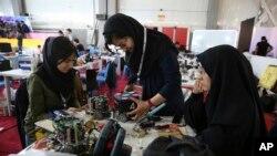 اکثریت محصلین ایرانی در امریکا در رشته انجنیری و کمپیوتر ساینس در مقطع ماستری تحصیل می کنند