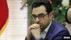احمد عراقچی که پرونده او تحت بررسی قرار دارد، برادرزاده عباس عراقچی معاون وزیر خارجه جمهوری اسلامی ایران است.