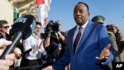 Presiden Niger MahamadouIssoufoumengatakan pemerintahnya menggagalkan upaya kudeta (foto: dok).