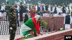 شیخ حسینہ واجد 1996 میں پہلی مرتبہ وزیرِ اعظم بنیں تھیں۔