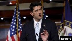 លោក Paul Ryan ដែលជាតំណាងរាស្រ្តអាមេរិកថ្លែងនៅសន្និសីទកាសែតមួយសង្កាត់ Capitol Hill ក្នុងរដ្ឋធានីវ៉ាស៊ីនតោន កាលពីថ្ងៃទី២០ ខែតុលា ឆ្នាំ២០១៥។