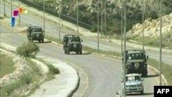 Dara'yı terkeden askeri araçlar