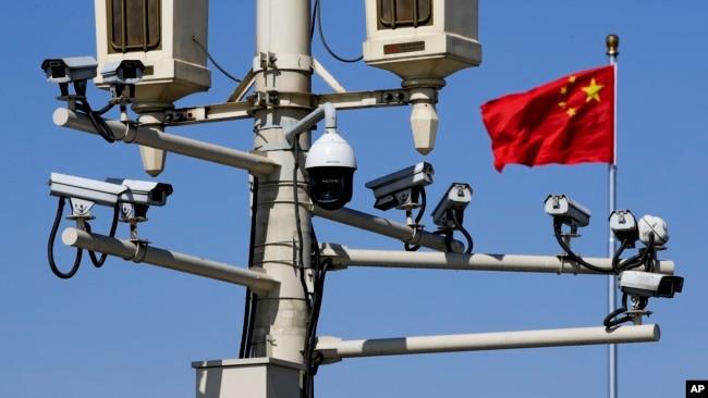美涉疆法案打得更痛?路透社指法案威胁中国监控产业