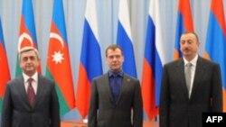 Azərbaycan, Rusiya və Ermənistan prezidentləri görüşüb