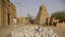 Wasu Masallacen tarihi na garin Timbuktu, a Mali. (file photo)