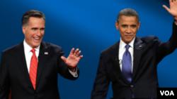 Republikanski predsednički kandidat Mit Romni i predsednik Barak Obama nakon prve debate
