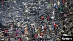 حکام کا کہنا ہے کہ آتشزدگی کے باعث 750 گھر مکمل طور پر تباہ اور 1200 کے قریب متاثر ہوئے۔