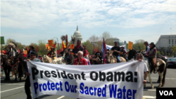 Native Americans, farmers, ranchers and cowboys gather outside the Capitol Hill in Washington, DC, during a 'Reject and Protect' rally to protest against the Keystone XL tar sands pipeline, April 22, 2014. (Photo: Diaa Bekheet)