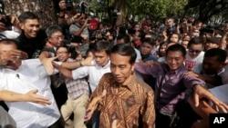 Ông Widodo đặc biệt được sự ủng hộ của giới trẻ Indonesa.