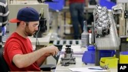美國工人正在工作