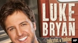 Luke Bryan Sees Quick Success With 'Tailgates and Tanlines'