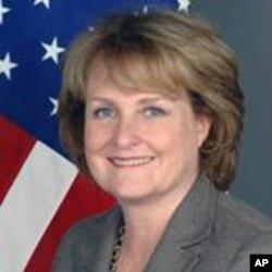 美国负责公共外交和公共事务的副国务卿朱迪思∙麦克黑尔