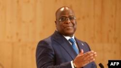 Le président de la République démocratique du Congo, Felix Tshisekedi, lors d'une conférence de presse à l'issue du Sommet sur le financement des économies africaines, à Paris, le 18 mai 2021.
