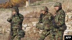 Južnokorejski marinci u patroli na ostrvu Jongpjong
