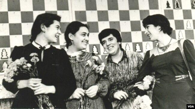 ლეგენდარული ოთხეული: ნანა იოსელიანი, მაია ჩიბურდანიძე, ნონა გაფრინდაშვილი, ნანა ალექსანდრია